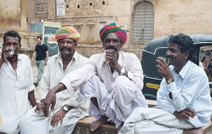 The whole Jaisalmer album on Flickr: http://bit.ly/1kLnS4k